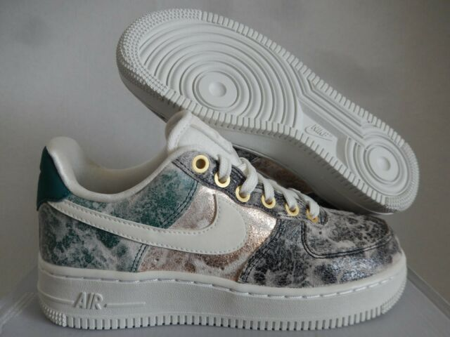 Womens Nike Air Force 1 '07 LXX | Size