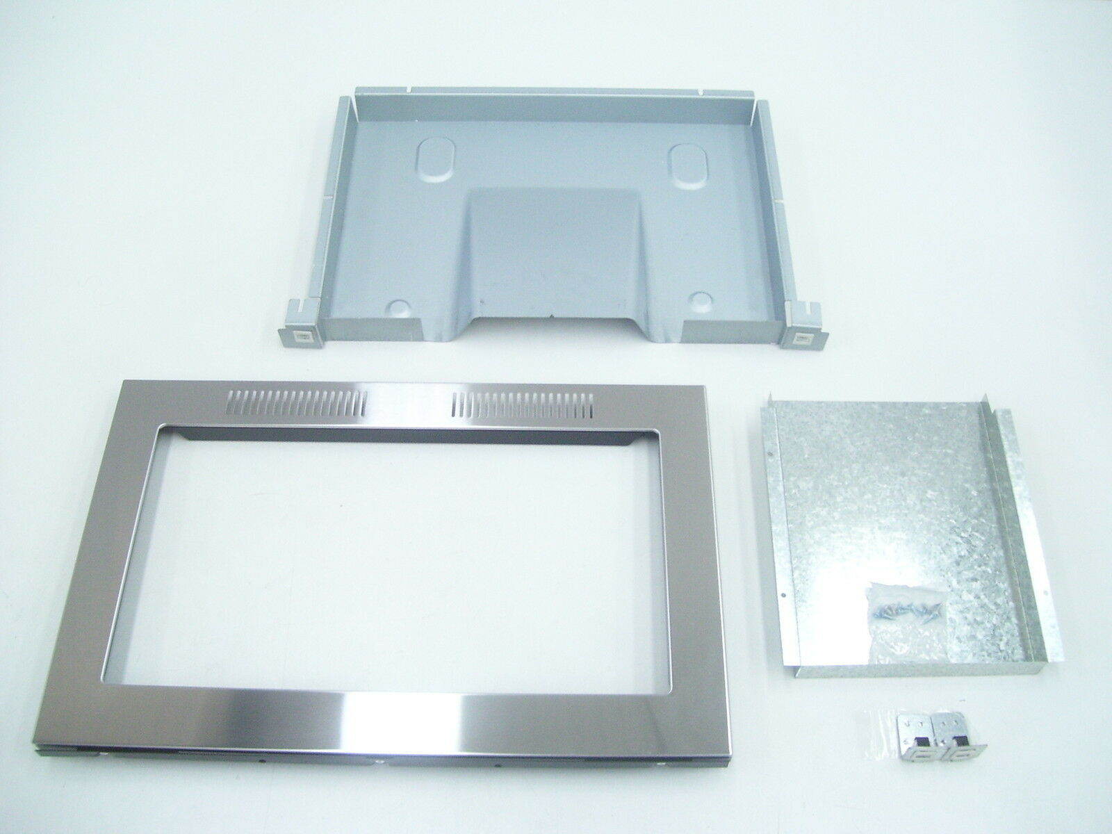 MICROWAVE TRIM KIT TECHNIKA TT904 STAINLESS STEEL SURROUND FOR WD904SS