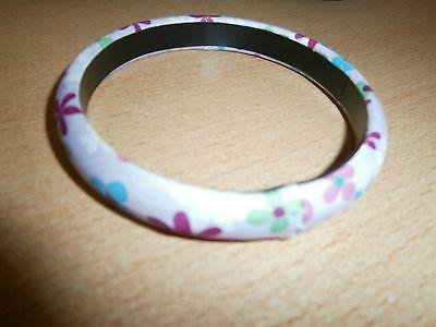 1 Hübscher Bunter Armreif-blütenmuster-flied-pink-weiß-grün-blau-neu/modeschmuck Exzellente QualitäT