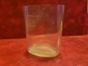 Magnifique-verre-ancien-oval-marque-VICHY-avec-son-panier