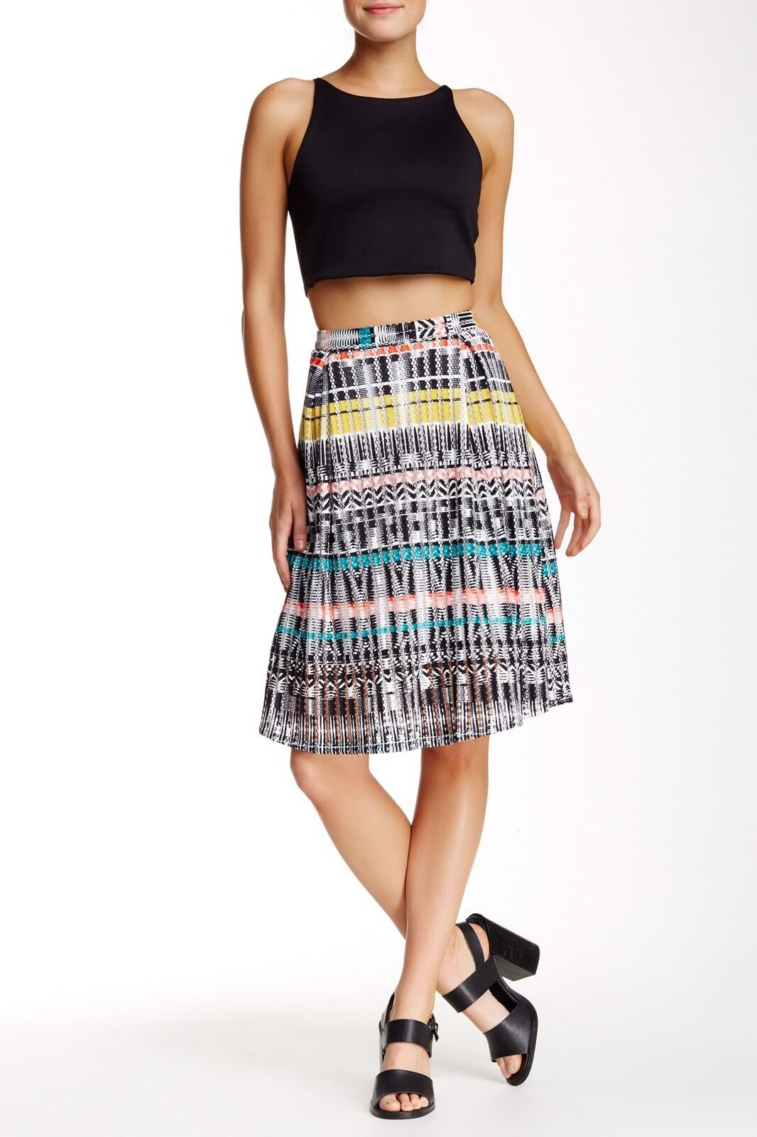 NWT ROMEO & JULIET COUTURE Geometric Print Pleated Skirt M MEDIUM NEW