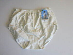 f59e43d9b905 Image is loading JOCKEY-7-Comfies-Cotton-Ivory-Brief-Underwear-Classic-
