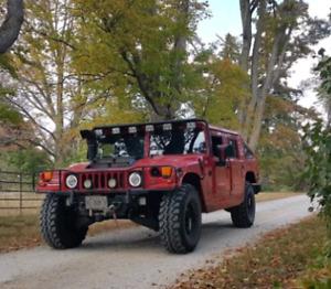 Hummer H1 6.5L NA diesel slantback hardtop pickup