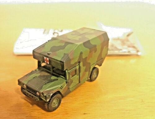 Roco Herpa Minitanks Hummer Ambulance US Army Humvee getarnt Bundeswehr 1:87 H0