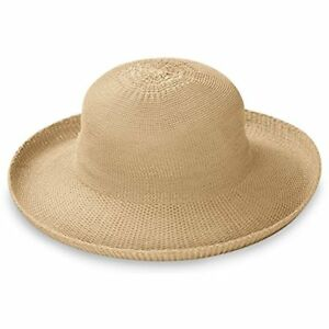 Wallaroo Women s Petite Victoria Sun Hat - Stylish Yet Packable e54595c60c7