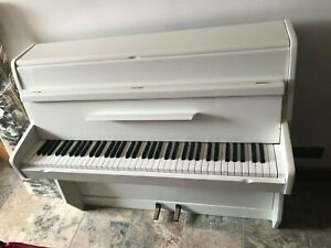 Small-White-Gloss-6-Octave-Overstrung-Kemble-British-Made-Upright-Piano