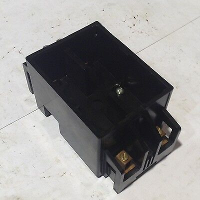 240V FUSE HOLDER PULL-OUT BASE AND LID ARROW-HART CP-232-B 30A