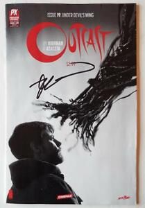 SDCC-2016-SIGNED-ROBERT-KIRKMAN-Exclusive-Variant-OUTCAST-19-Under-Devil-039-s-Wing