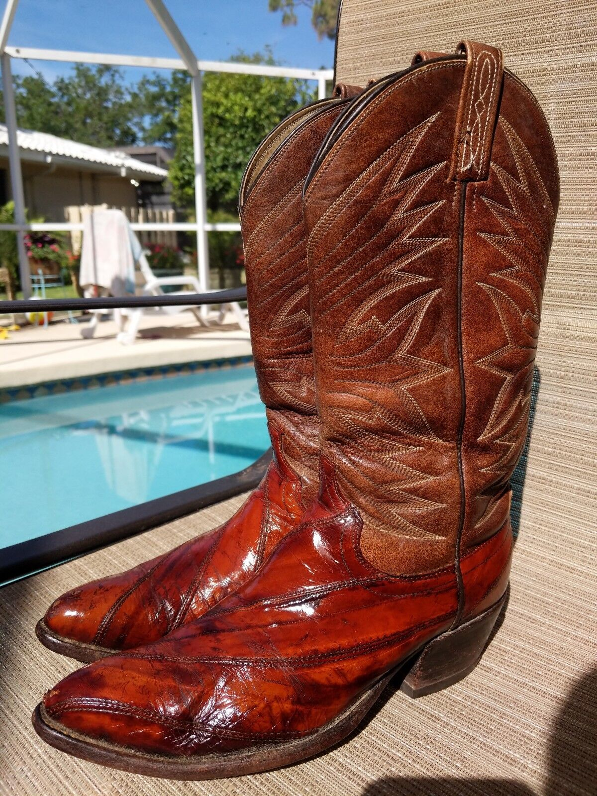 Dan post Eel skin cowboy boots mens 9 D brown leather usa western vintage glossy