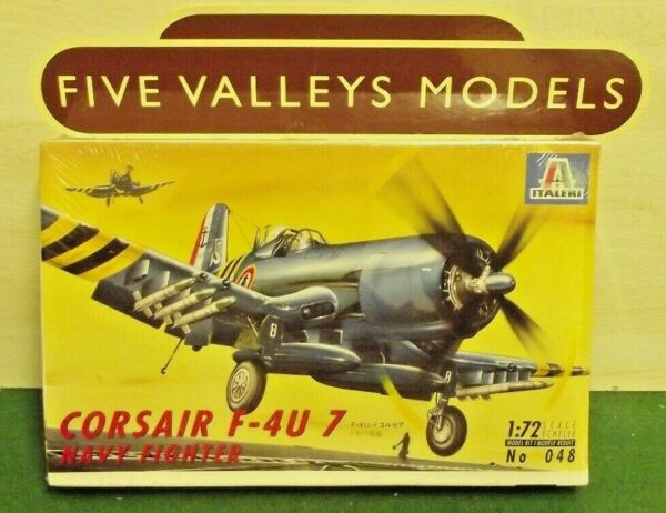 #201218/15 Italeri 048 Coursair F-4u 7 Navy Fighter 1:72 Scale Le Plus Grand Confort