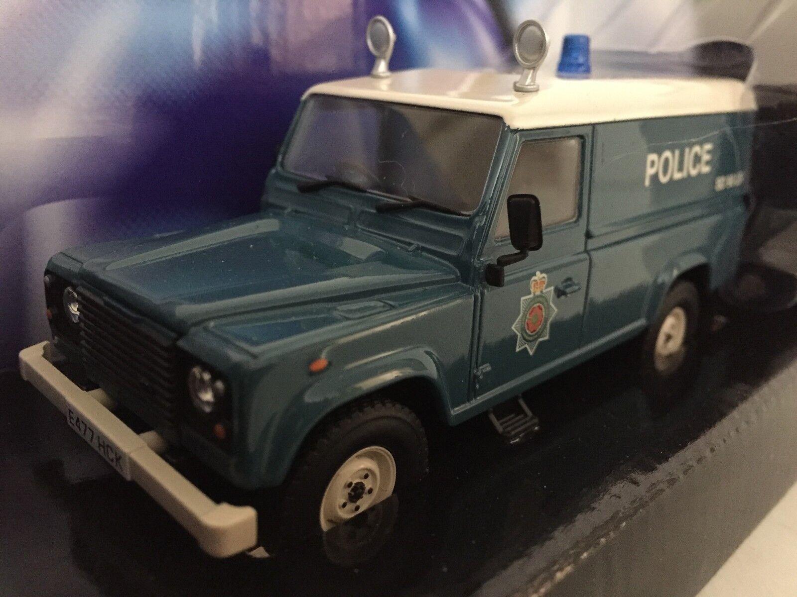 Corgi CC07710  Land Rover Defender - Lancashire Constabulary 1 43 Ltd. Ed. NIB  en ligne