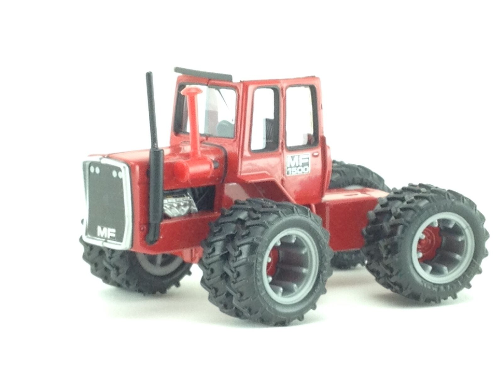 1 64 ERTL Agco  Massey Ferguson 1500 4x4 Tractor 2004 National Farm Toy Show  excellent prix