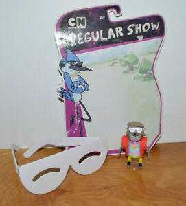 REGULAR SHOW set of 2  RIGBY AND RIGBY  WITH THE BEST 80S SUNGLASSES