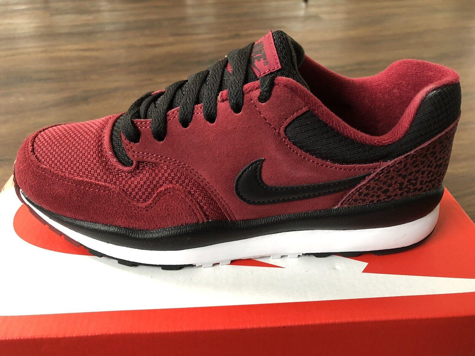 Nike Air Safari Men's Trainers, rot - Größe 7.5