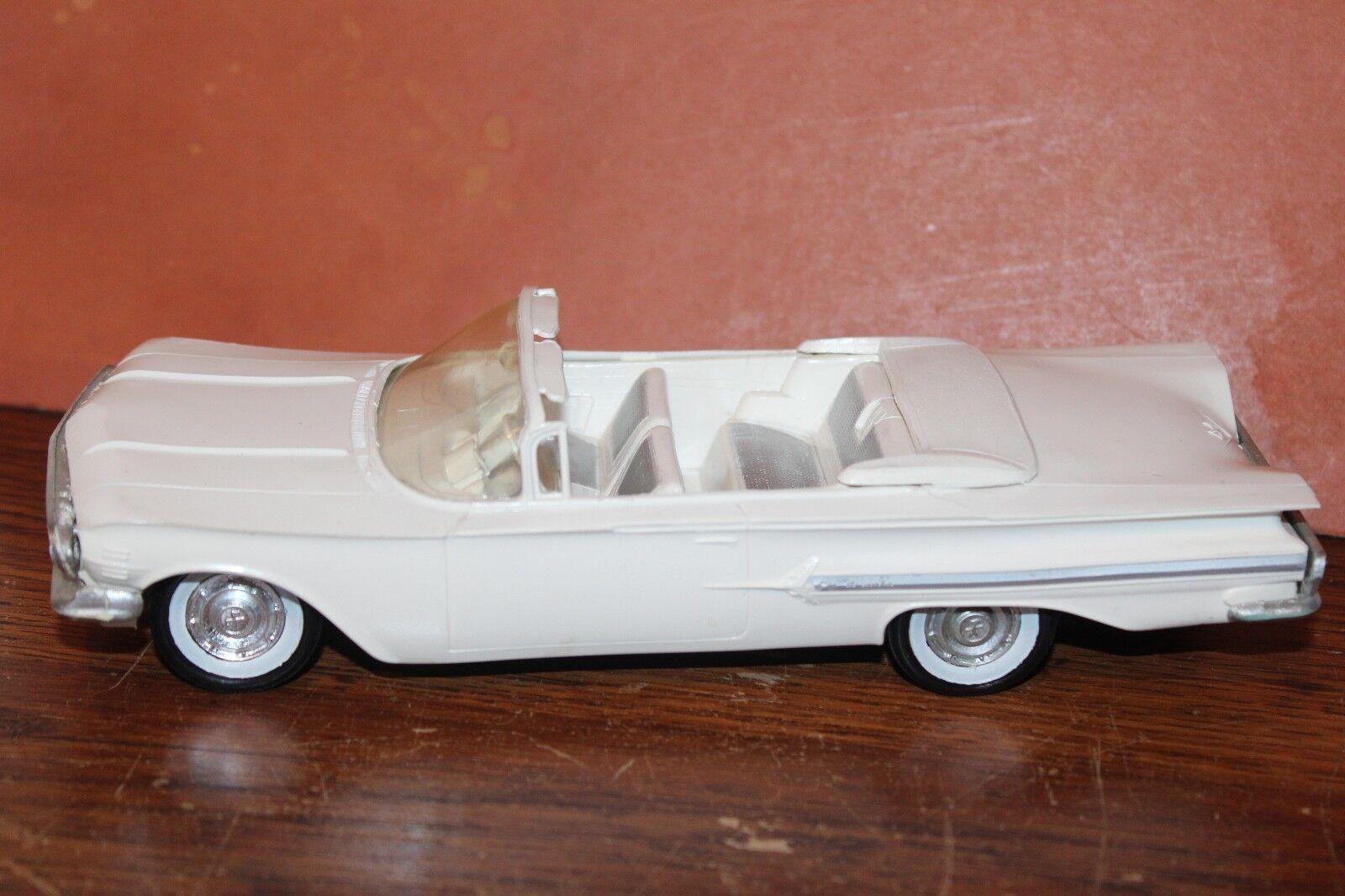 Buen Estado SMP 1960 Chevrolet Impala Converdeible Fricción Funcionan con Altos