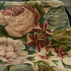 Beautiful-Pair-of-Large-Floral-Rose-Wool-Needlepoint-Pillow-Covers-Detailed
