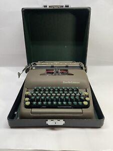 Vtg SMITH CORONA STERLING PORTABLE GREEN KEYS TYPEWRITER W/CASE 1949