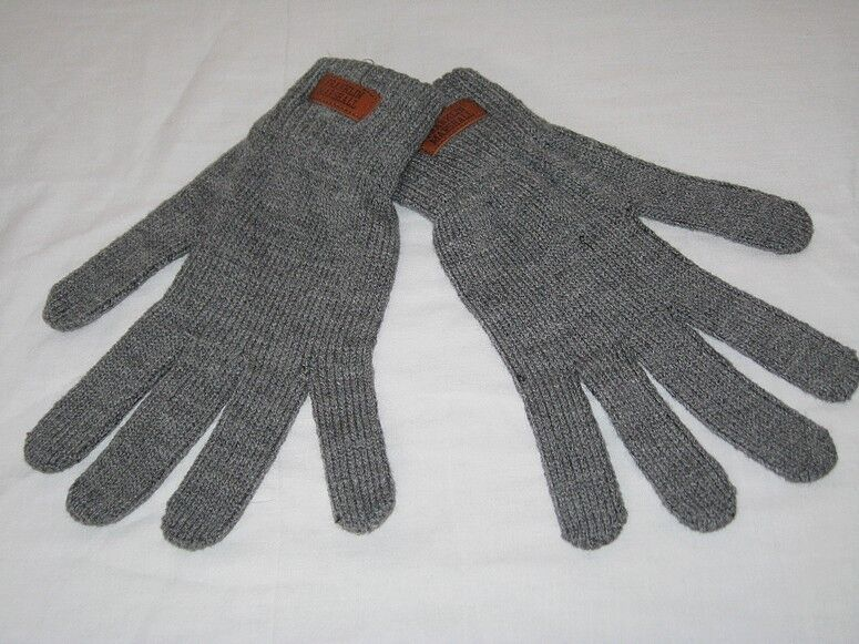 BRAND NEW FRANKLIN & MARSHALL Knitted Winter Gloves Grey M / L