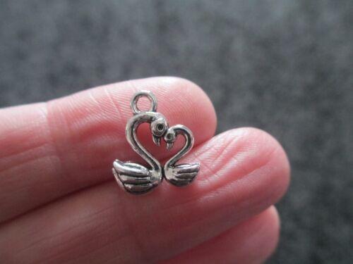 Pack of 12 Tibetan Silver 3D Love Swan Heart Pendant Charm 15mm x 13mm