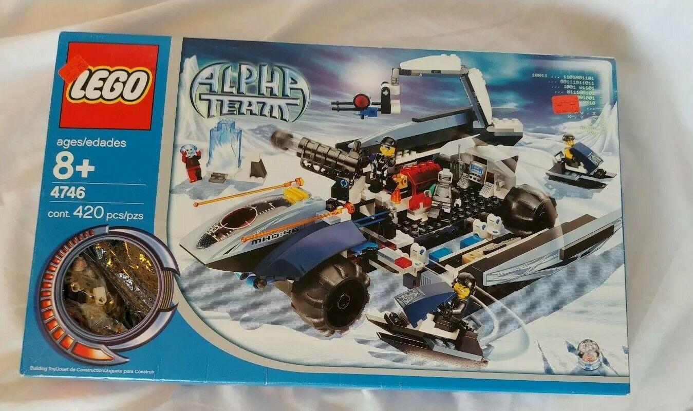 Lego ALPHA TEAM Mobile Command Center (4746) de menta en caja