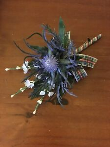 1-X-SCOTTISH-BLUE-THISTLE-WHITE-HEATHER-amp-TARTAN-RIBBON-BUTTONHOLES-WEDDING