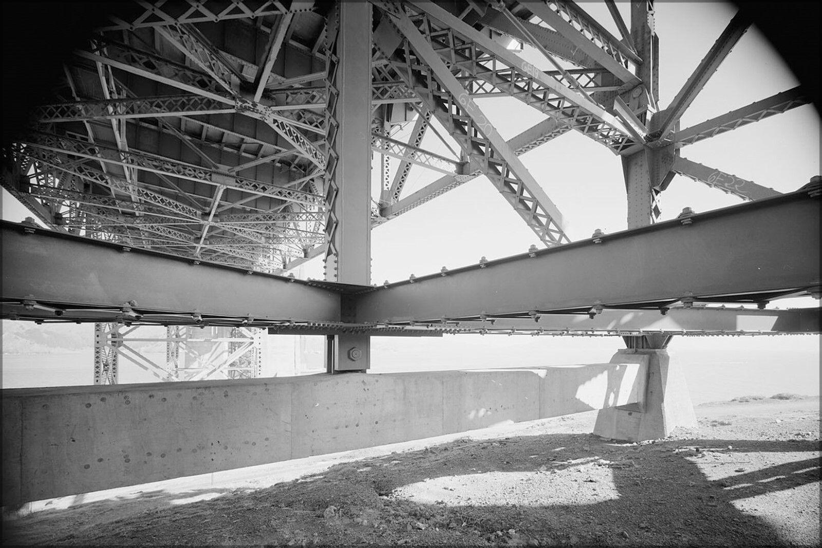 Affiche, Plusieurs Tailles; en or Portail Pont Francisco Trusses, San Francisco Pont 1984 5c7591