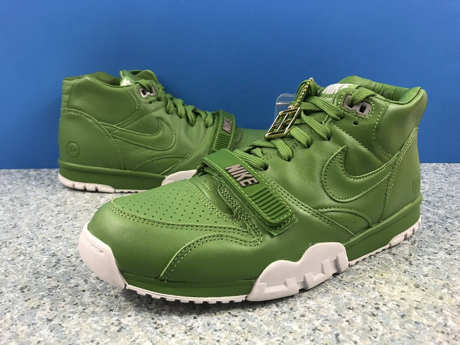 49adf4193d0 Nike Trainer 1 Mid SP Fragment 806942-331 Chlgoldphyll Wimbledon Sz 10  Green Air nqlonu4704-Athletic Shoes