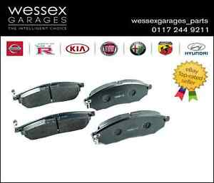 Genuine-Nissan-Navara-Pathfinder-Rear-Brake-Pads-44060EB325
