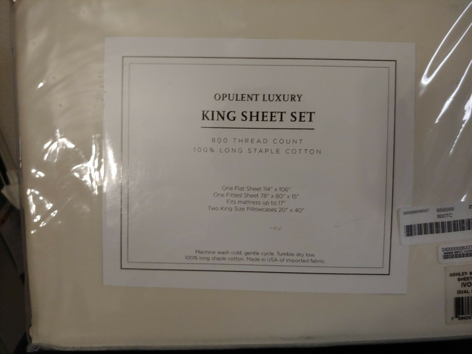 Ivory colord 800 Thread Count King Sized Bedsheets, Never been Opened