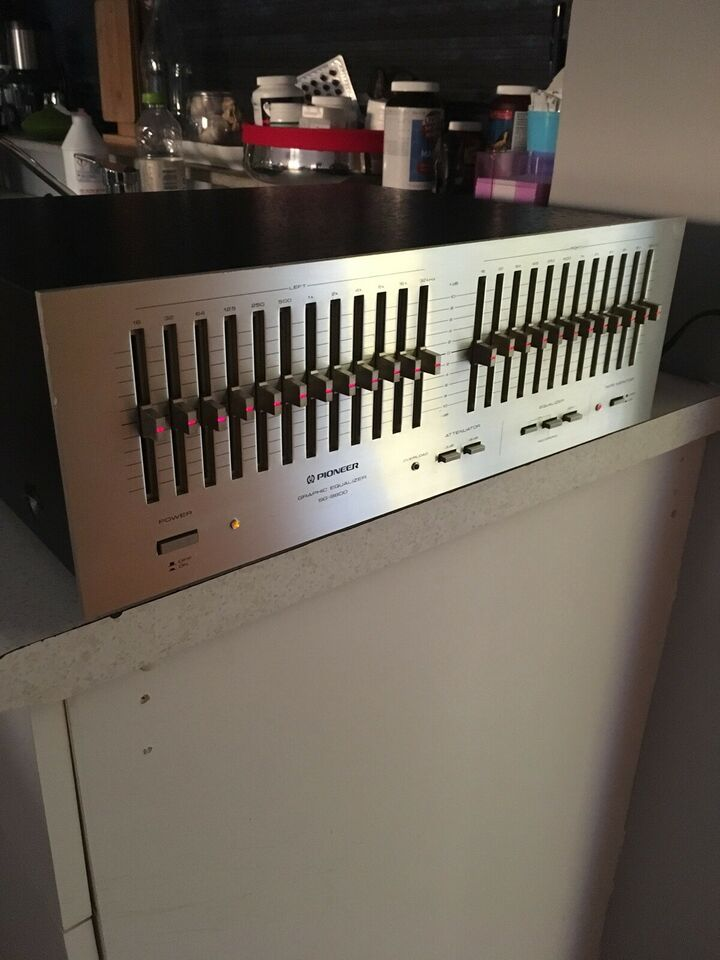 Equalizer, Pioneer, SG-9800