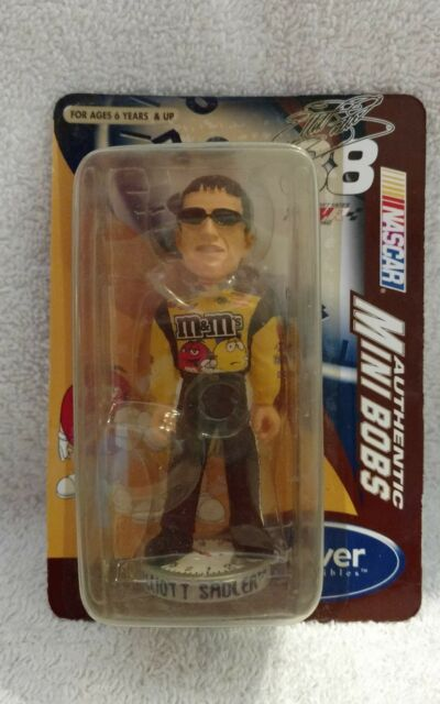 2004 Nascar Elliott Sadler #38 M&M Mini Bobs
