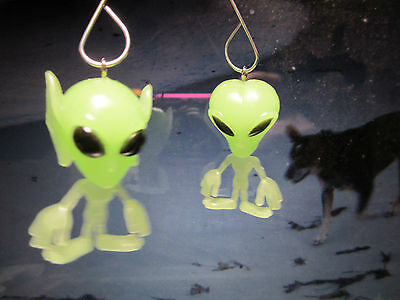 NORA WINN 2 UNIQUE Alien outer space Hangng Ornament Glow in the Dark Halloween