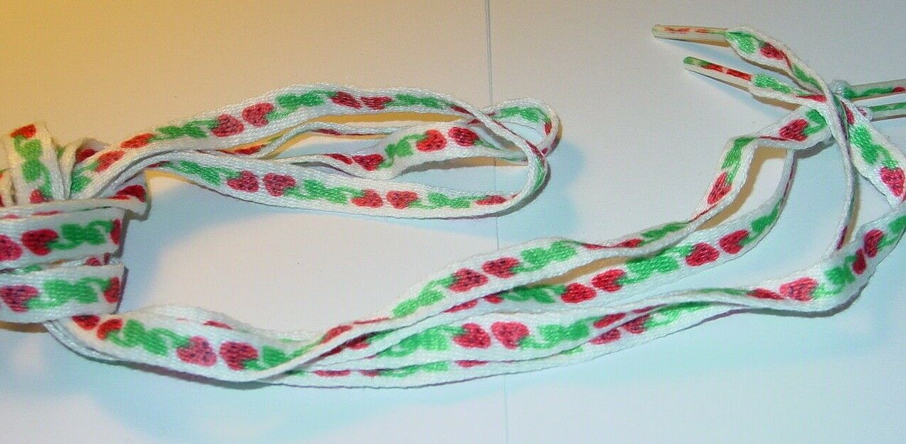 STRAWBERRIES 1980's VINTAGE SHOE LACES 40 INCH NEW OLD STOCK 1 PAIR