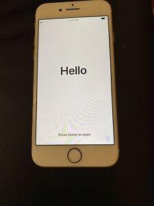 Apple-iPhone-8-64GB-Gold-Edges