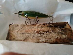 Heddon-Dowogiac-wood-fishing-lure-with-box-a-vintage-antique-CLASSIC-c-1907