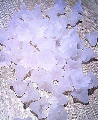 200 Weiß Matt Lilie Blumen Acryl Perlen Beads 10x14mm New