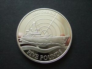 GUERNSEY-2009-UNCIRCULATED-5-COIN-HMS-DARING-CAPSULED-2009-FIVE-POUNDS-COIN