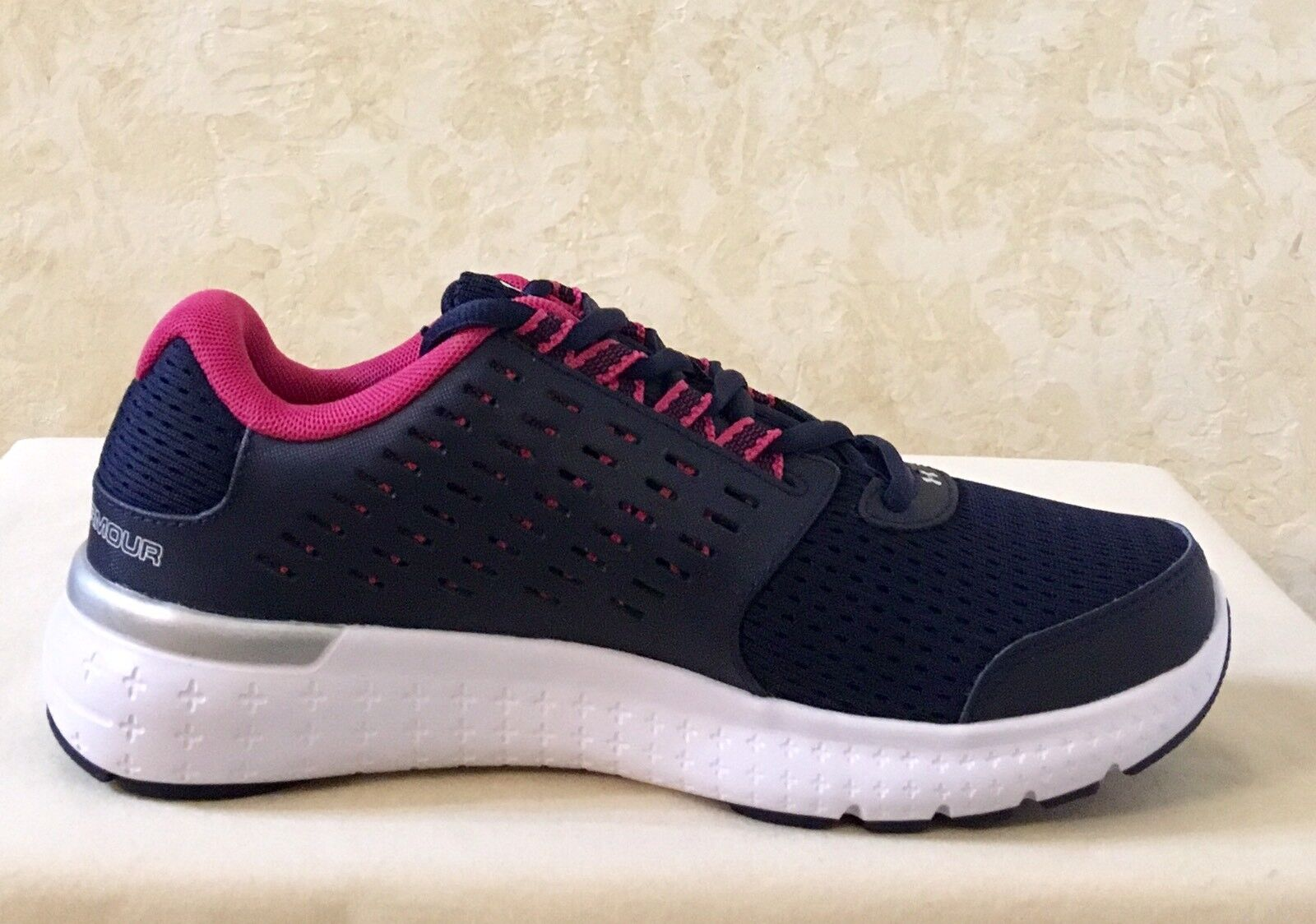 Damens Under Armour W Micro G Motion Running/Athletic Schuhes Midnight Navy 1301794