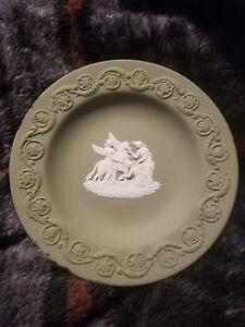 Wedgwood-Jasperware-Green-Trinket-Plate-4-1-2-034