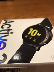 Samsung-Galaxy-Montre-Active-2-44-mm-Boitier-en-aluminium-Smartwatch-Android-iOS-Apple