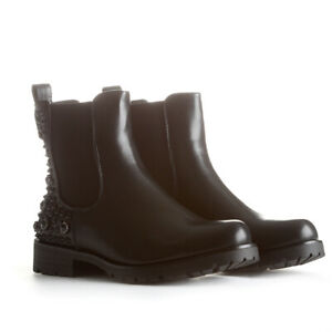 Black Leather Short Chelsea Ankle Boots