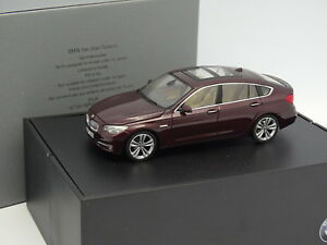 Kyosho-1-43-BMW-Serie-5-GT-Gran-Turismo-Rouge