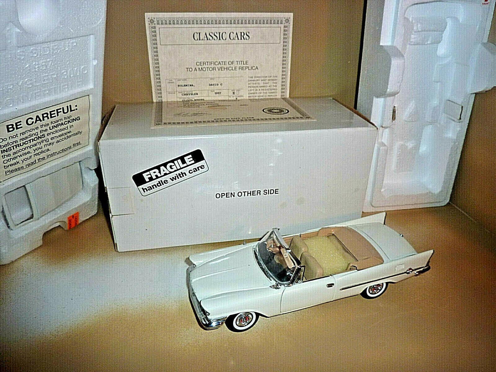 DANBURY MINT 1957 CHRYSLER 300C CONgreenIBLE MODEL 1 24 SCALE DIE CAST WHITE