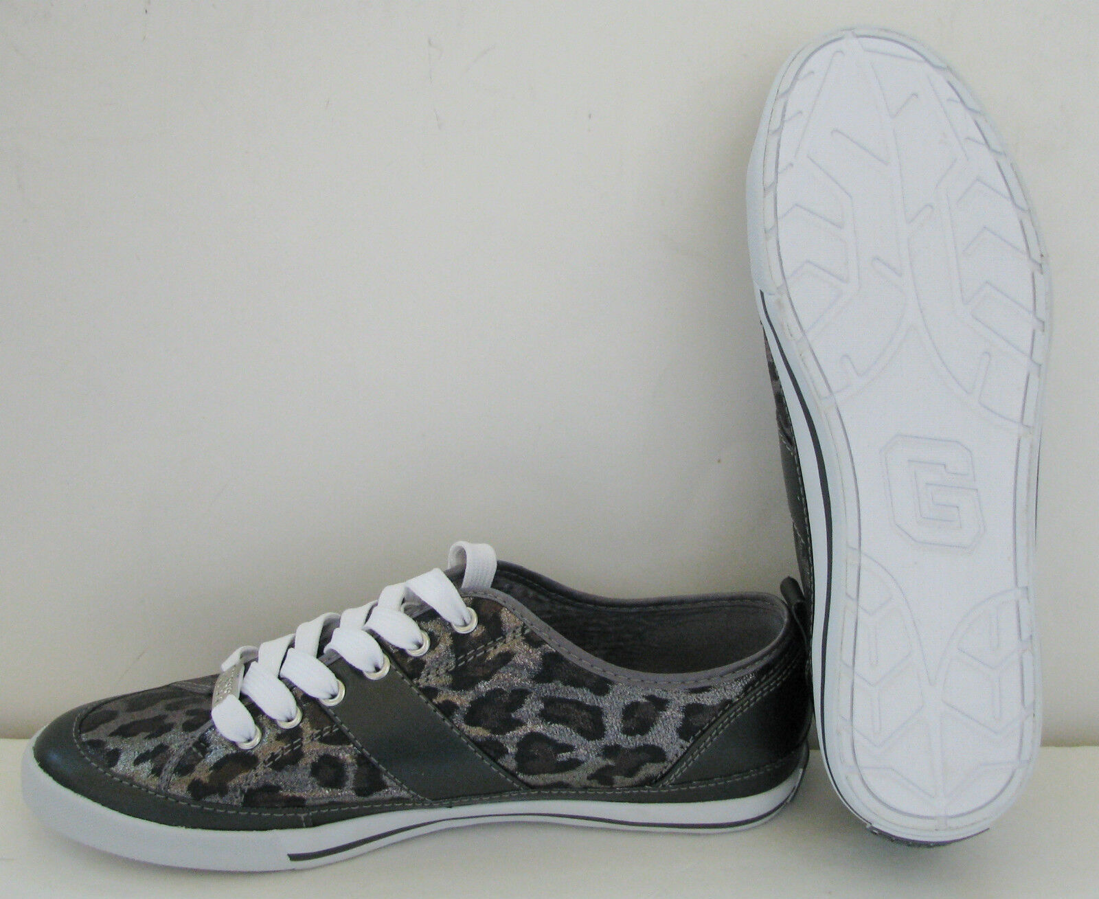 NEW-GUESS BRIAR METALLIC PEWTER SIZE LEOPARD PRINT+SILVER SPORT Schuhe SIZE PEWTER 7.5-9+BOX 05f8fb