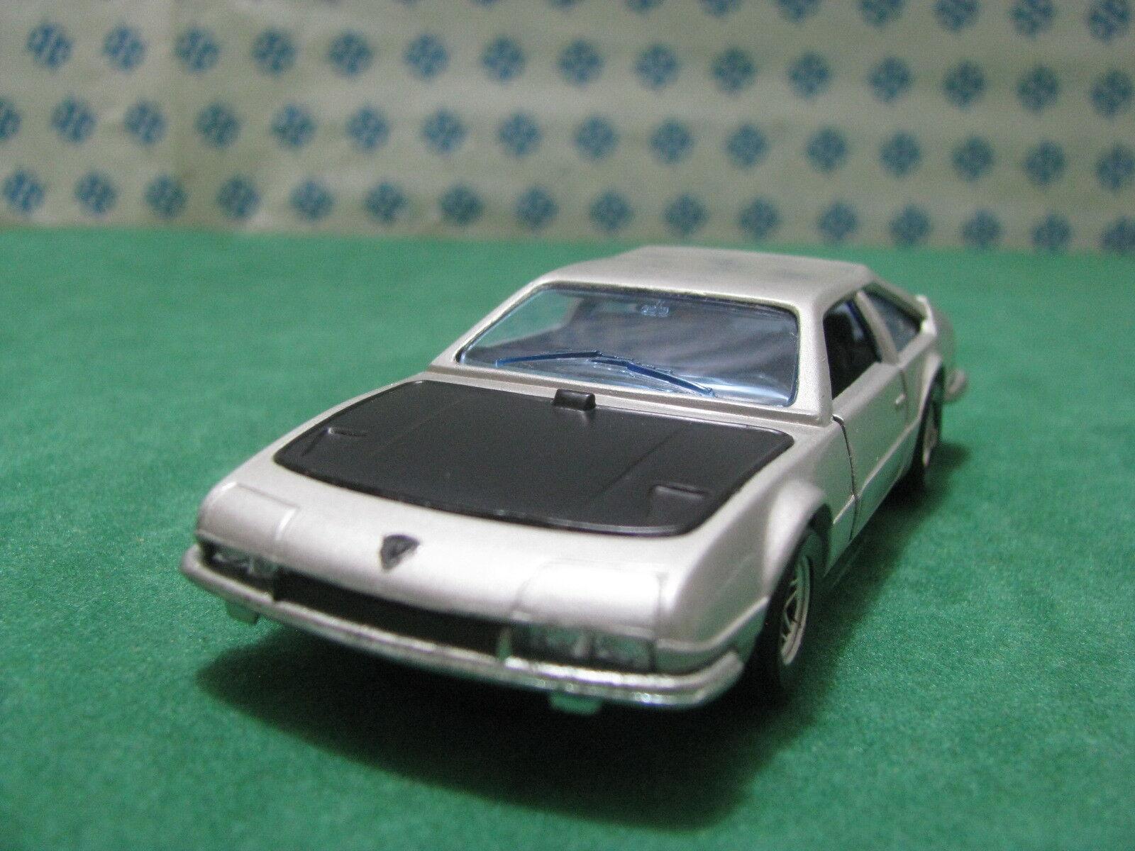 Vintage  -  LAMBORGHINI JARAMA Bertone  - 1 43  Politoys-M25