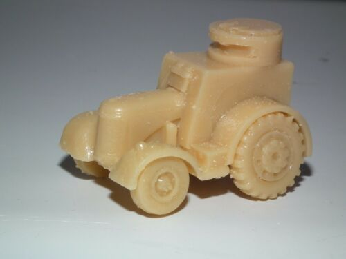 B7 WWII BRITISH HOMEGUARD ARMOURED TRACTOR 20MM SCALE RESIN MODEL KIT