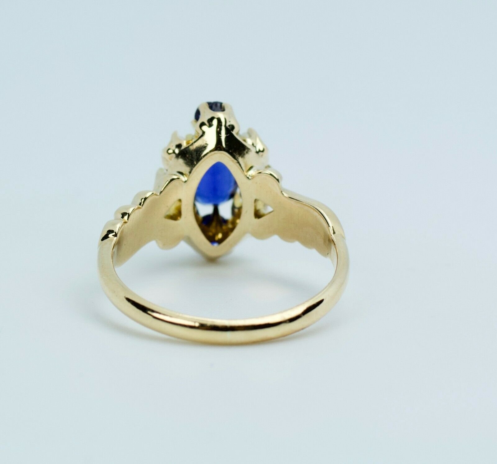 Vintage 14k Yellow Gold Oval Blue Synthetic Sapph… - image 6