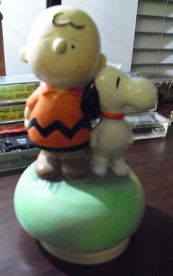 RARE Vintage 1968 Ceramic Schmid Charlie Brown Snoopy Peanuts Music Box