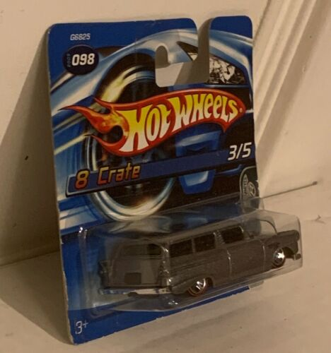 Hot Wheels 8 Crate 3//5 098 Short Card 2005, Red Line, G6825-0516