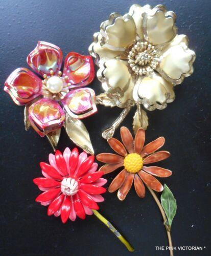 LOT OF 4 VINTAGE FLOWER PINS METAL ENAMEL BROOCHES